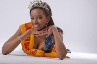 La miss Guinée-France 2013 Indira Barry met son séjour au profit de la sensibilisation et de la lutte contre la drépanocytose en Guinée