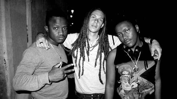 MUSIQUE : '' La Rivière coule'' une collaboration du Reggae man Filentre et le groupe Banlieuzart