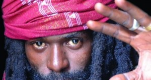 Instant Pause : Takana Zion parle de sa carrière musicale et des tares du showbiz guinéen