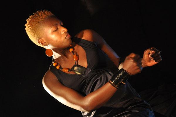 Sayon Bamba en Concert : Fille de Conakry, le 20 mars à 19h30 au CCFG