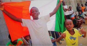 Vidéo: le groupe Kiff No Beat apporte son soutien à l'équipe nationale ivoirienne