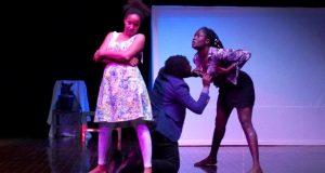 Théâtre: Bilia Bah assure sa première mise en scène avec le parfum du souvenir!