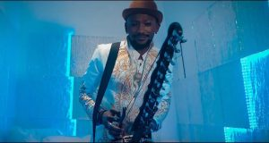 "Brand New : Ousmane Kora dévoile le clip ""Fa Sono"""